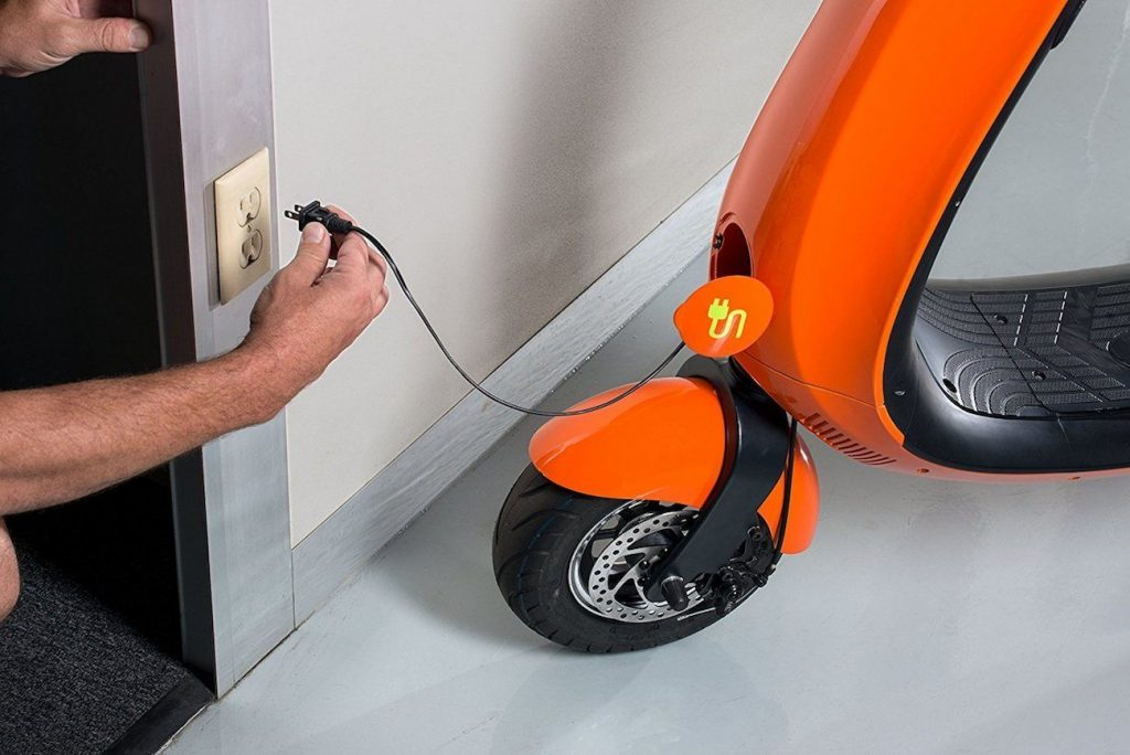 Charging electric scooter
